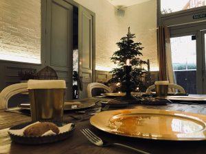 Comida en La Ñ de Armiñan tras celebrar un curso de cocina en Navidad