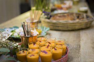 Salmorejo con virutas de jamón de pato - Armiñan Catering